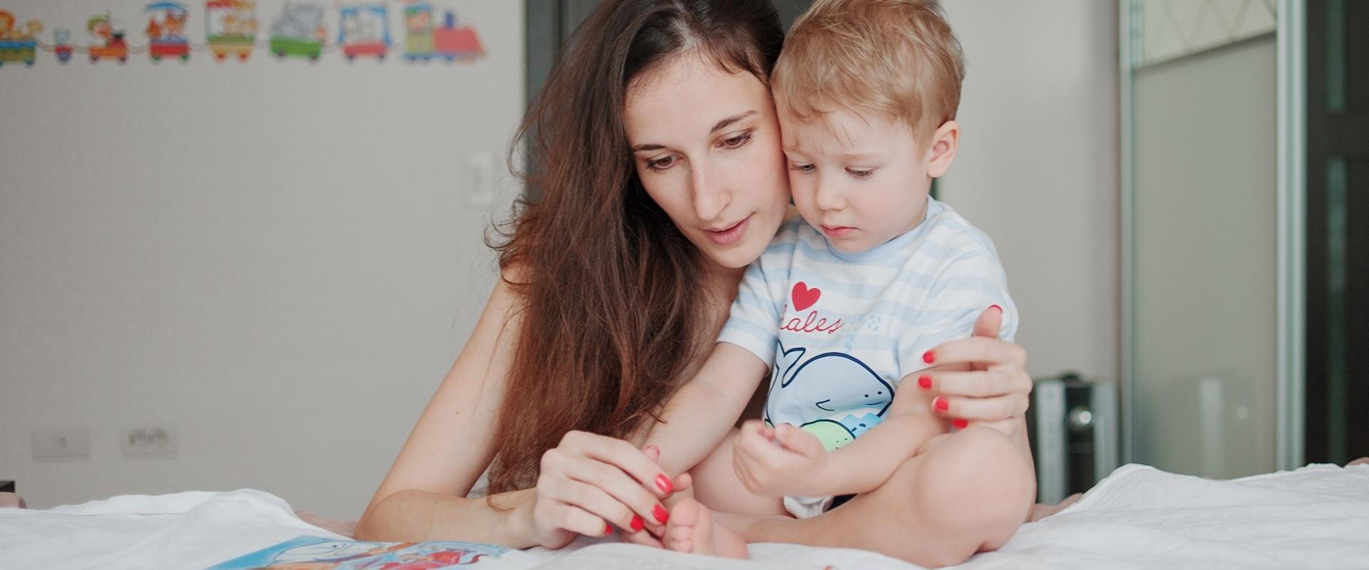 Auxiliaire Parentale A Domicile Metier Formations Salaire