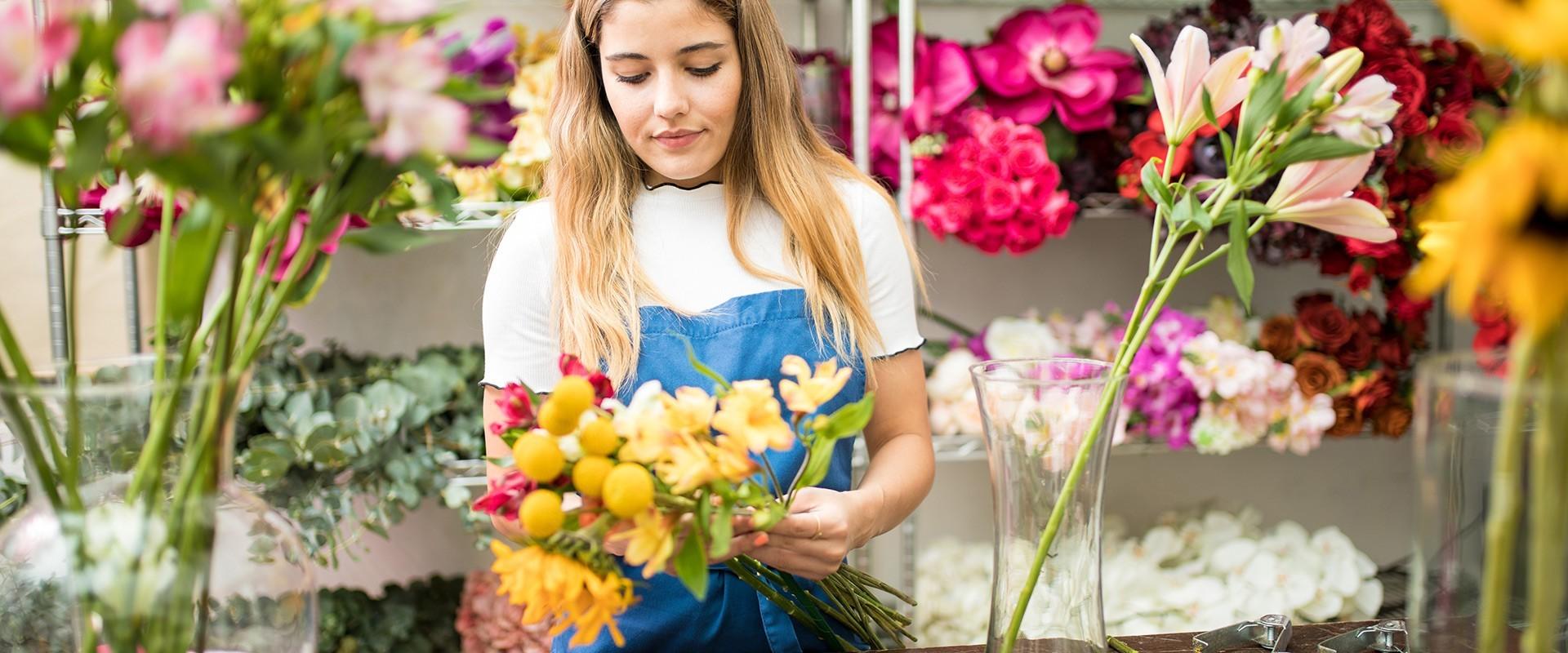 Fleuriste vendeur vendeuse m tier formations salaire leguidedesm tiers for Salaire vendeur